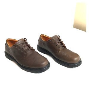 Timberland waterproof men's leather shoes size 10!
